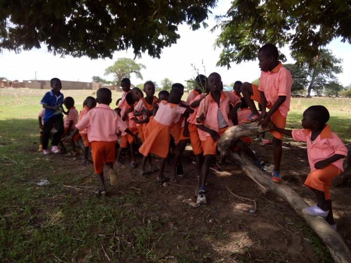 Waisenhaus wird Schule
