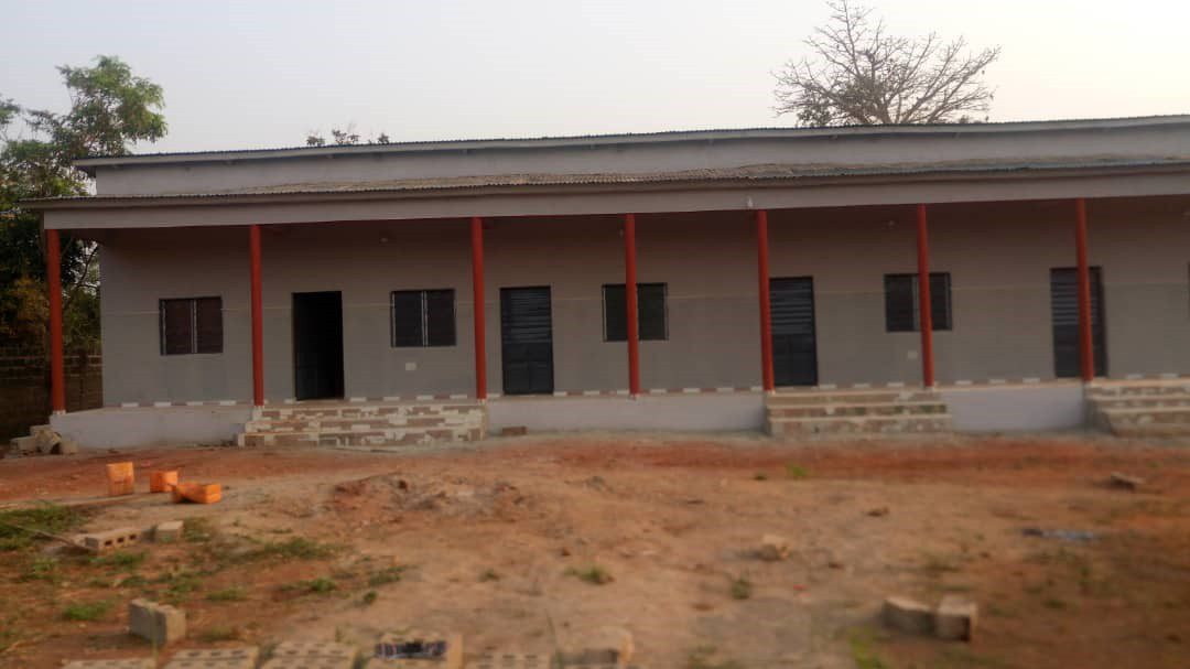 Bau der Krankenstation in Mougnon fertig!